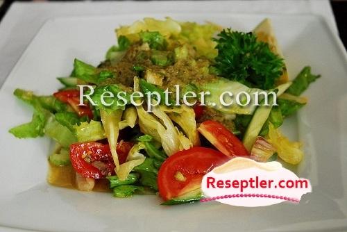 Budapeşt Salatı