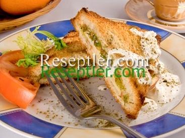Almalı İsti Sandviç Resepti