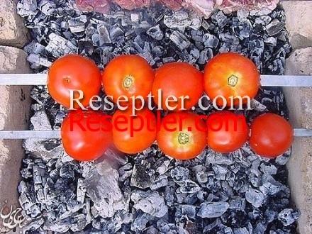 Pomidor Kababı Resepti